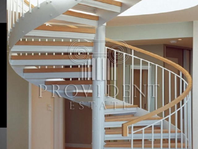 Garden Heights, JVC - Staircase